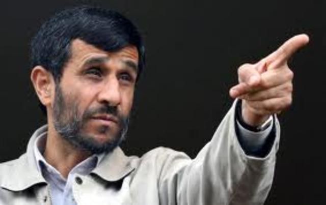 Mahmoud Ahmadinejad se torna o presidente do Irã