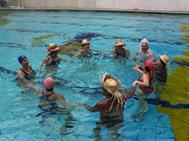 primeira aula de nataçao no CSL
