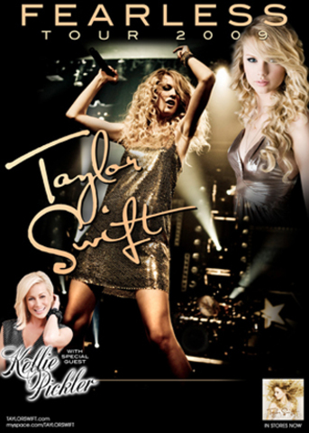 """Taylor Swift Begins Her """"Fearless"""" Tour"""