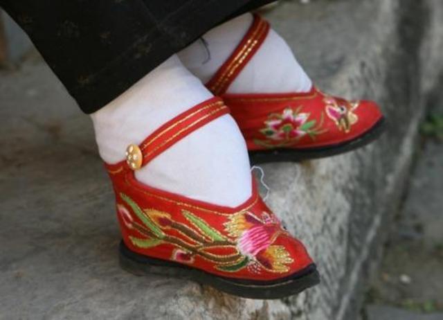 Foot Binding (Social)