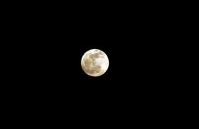 Lunar Eclipse Crosses Five Continents