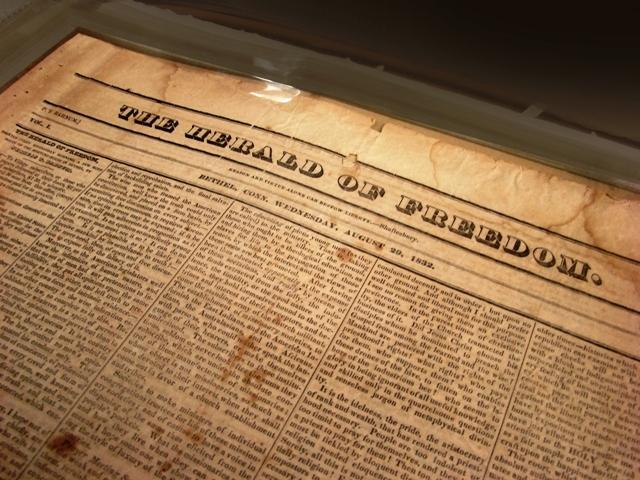 Phineas publiceert zijn eerste krant op negentienjarige leeftijd