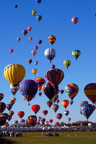 Balloon Fiesta Begins