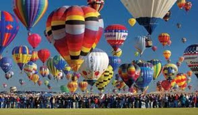 Albuquerque International Balloon Festival begins