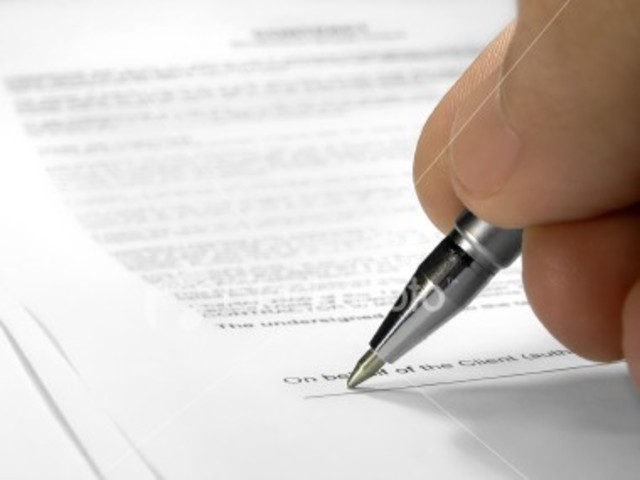 Egypt signs a condominium agreement