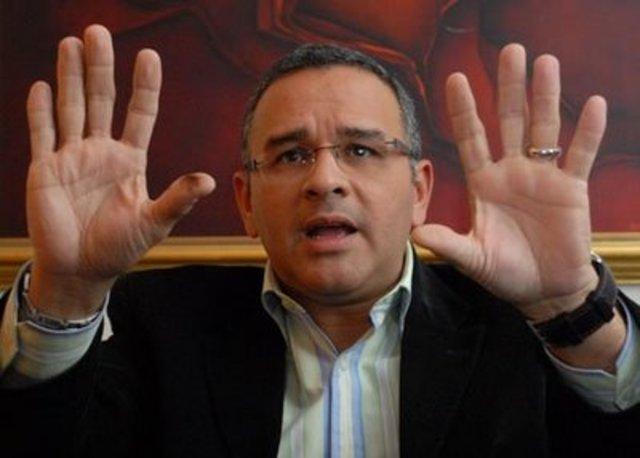 Mauricio Funes en Univisión