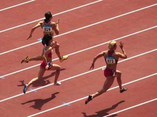 Premières épreuves d'athlétisme pour les femmes