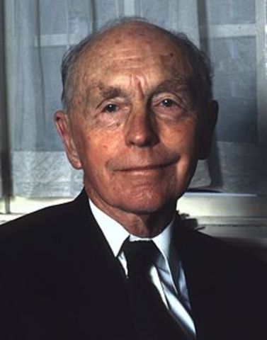 Alec Douglas-Home elected Prime Minister of England
