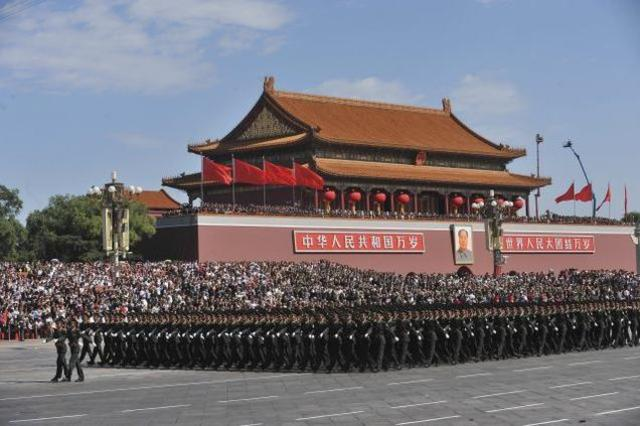 People's Liberation troops enter Beijing