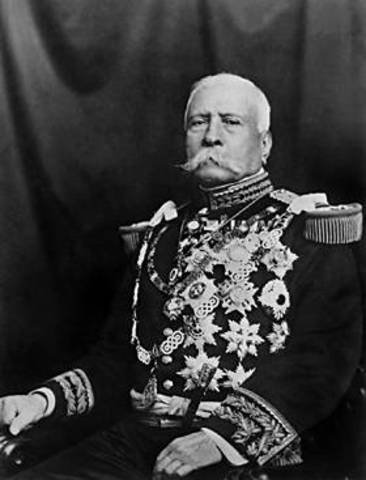 Porfirio Díaz,  DECLARA que al llegar 1910 se retirará del poder.