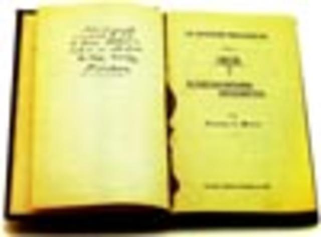 Francisco I. Madero publica el libro La sucesión presidencial