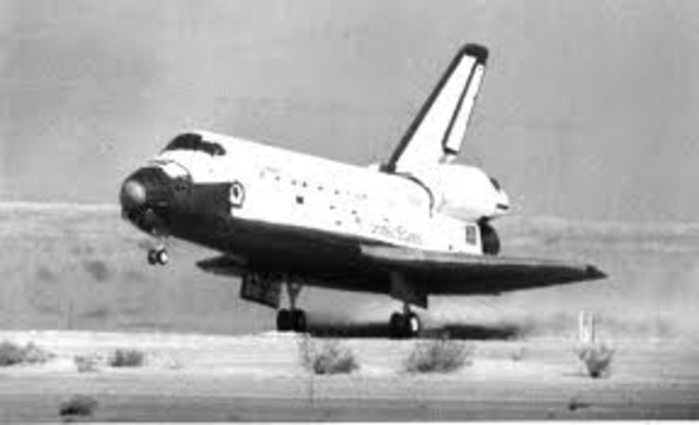 Space shuttle Columbia landed at Holloman Air Force Base