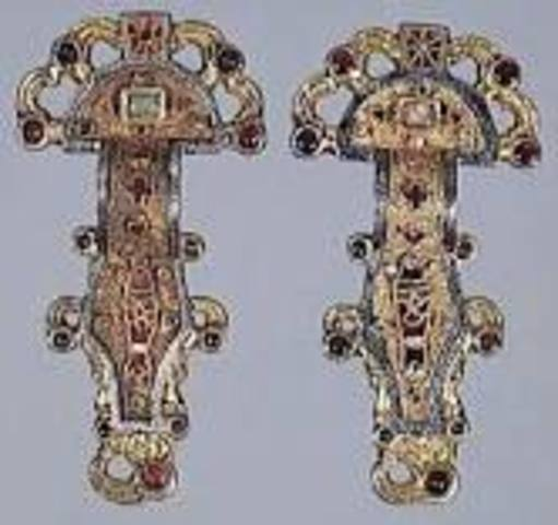 Merovingian looped fibula