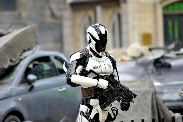 Autonomous robot soldiers
