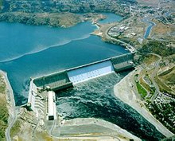 The Grand Coulee Dam is finished!
