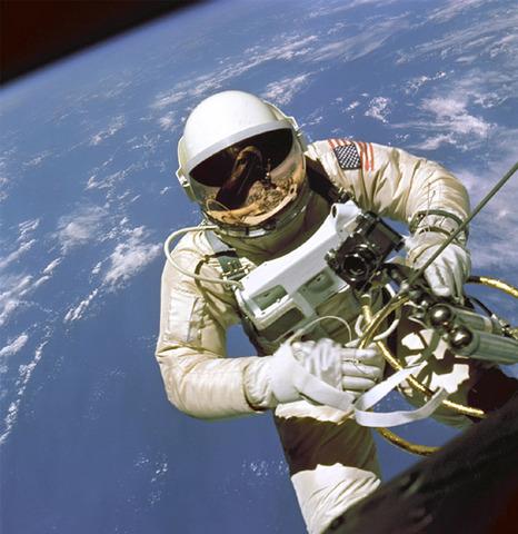 Edward White First American Spacewalk Gemini 4