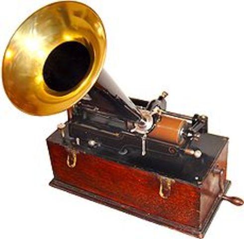 Thomas edison inventes phonograph