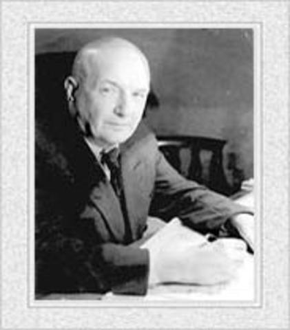 Д. Н. Насонов  установил участие комплекса Гольджи в выработке секретов и других веществ в гранулярной форме