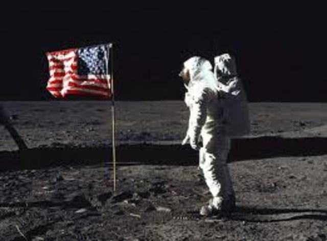 The first landing on the moon was July 15, 2004, The first Apollo were the ones that landed on the moon