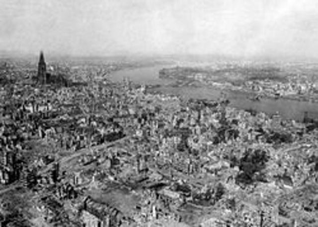 Britterna bombar Köln