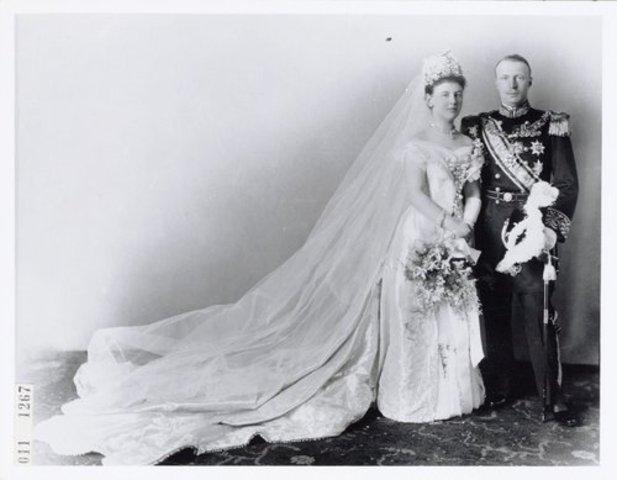 Wilhelmina trouwt