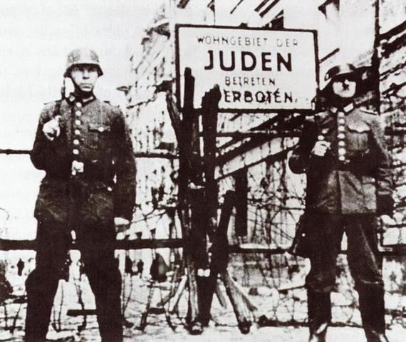 The remaining Jews in Srodula are killed. Vladek and Anja are still in hiding.