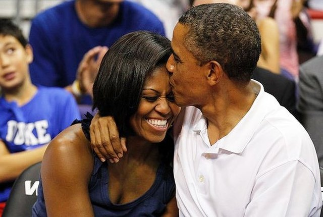 Obama marries Michelle