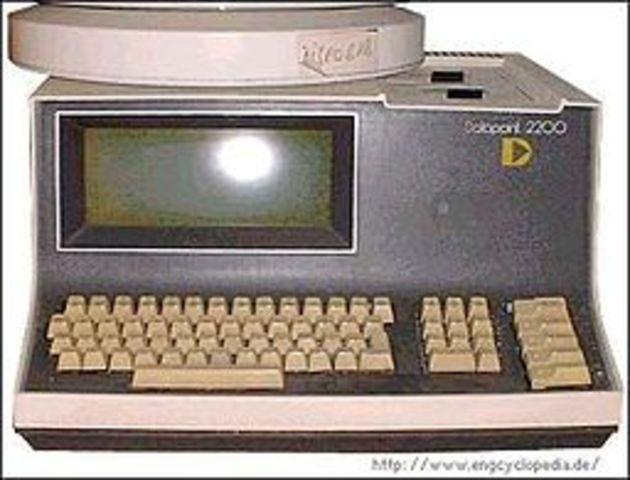 Primera Computadora Portatil: Datapoint 2200