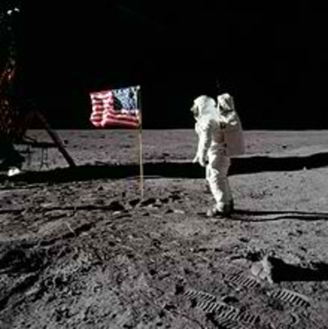 US sends man to the Moon