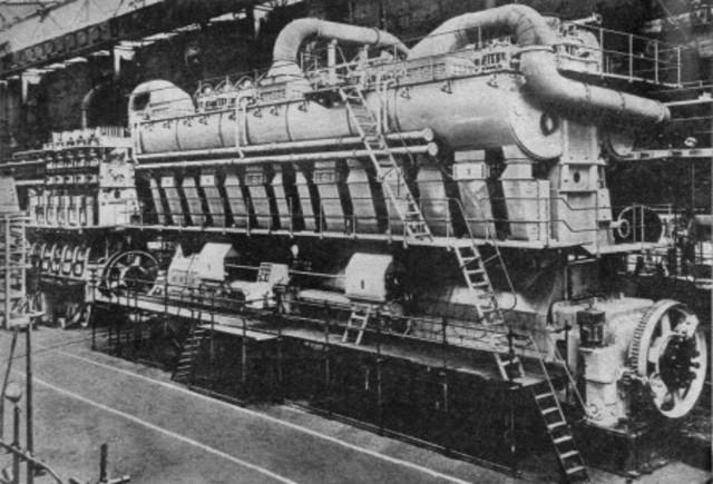 DAIMLER, motor d'explosió