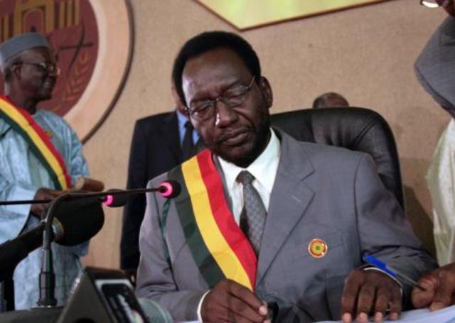 Les dirigeants maliens par intérim demandent une résolution ONU
