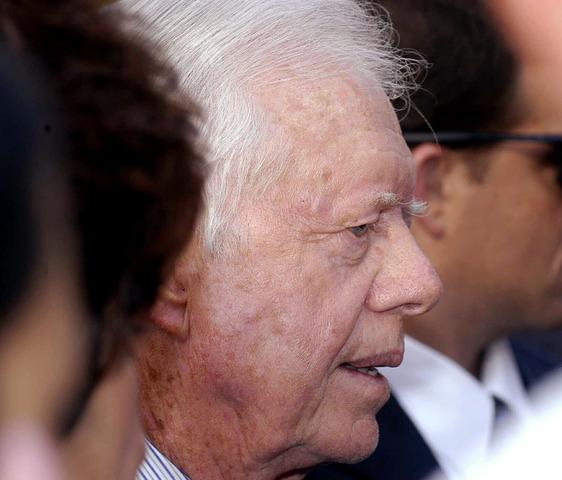 Chávez rechaza las propuestas de Jimmy Carter para dejar el poder, y se niega a negociar con la oposicion tras la huelga general