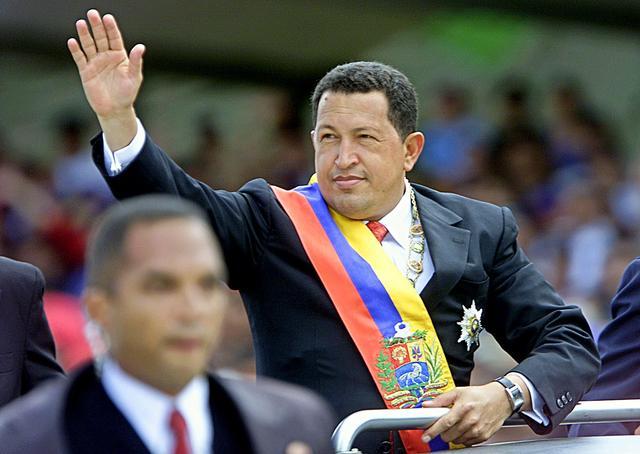 Chávez anuncia que nacionalizará todo lo que ha sido privatizado