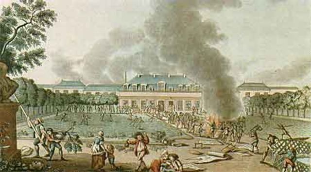 27-28 April: Crowds attack and destroy Reveillon factory.