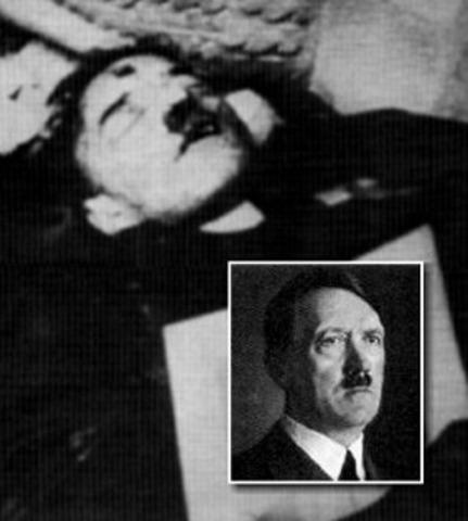 Hitler begår självmord.