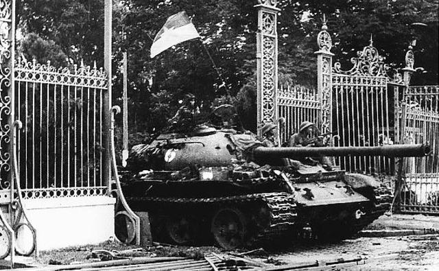 Saigon Falls to Vietcong, Vietnam goes Communist