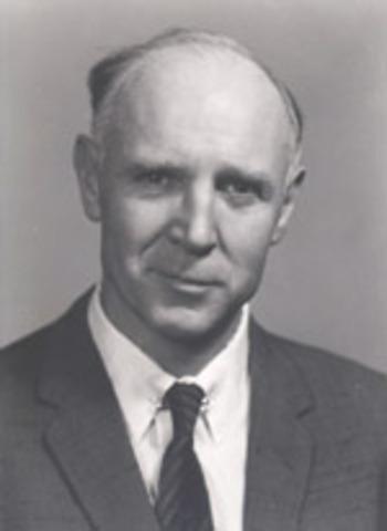 Raymond Cattell - Fluid and Crystallized Intelligence