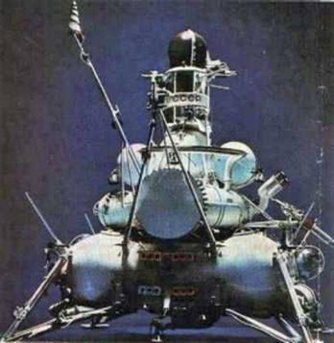 first spacecraft on the moon