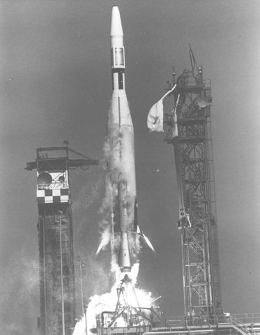 first American spacecraft on the moon