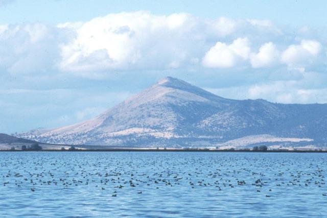Tule Lake Closes