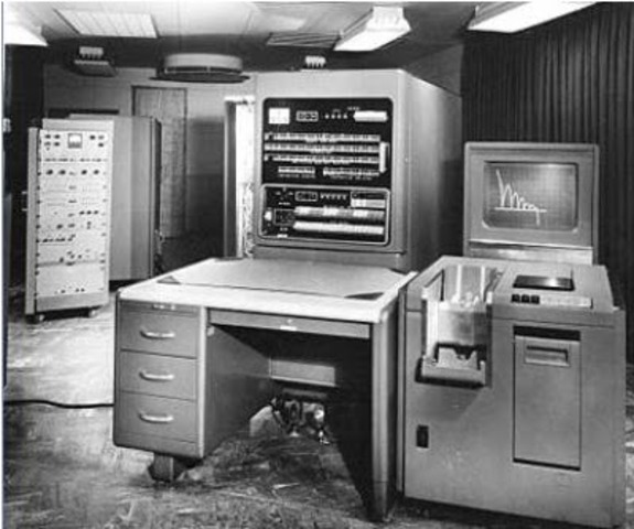 Compañía Remington Rand fabricó el modelo 1103