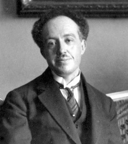 Louis de Broglie Discovers the Wave Nature of Electrons