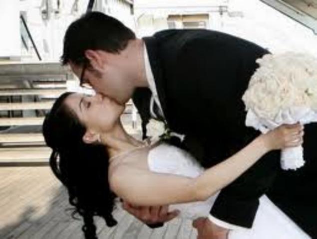 Queen Mary Marries King Phillip II of Spain