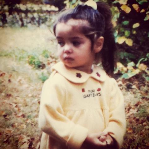 Nací en el quince de Marzo del mil novecientos noventa y nueve.