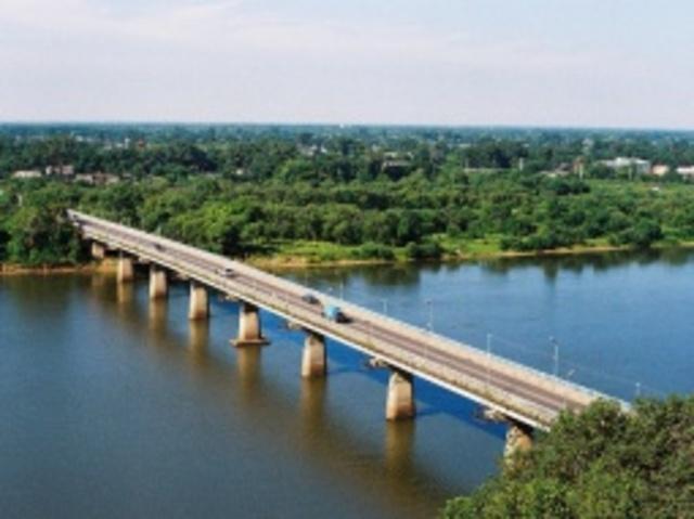 Произведен ремонт опор автодорожного моста через р. Уссури