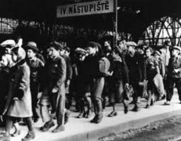Germany annexes Austria (Anschluss).  Thousands of Austrian Jews flee due to harsh anti-Jewish actions that follow.
