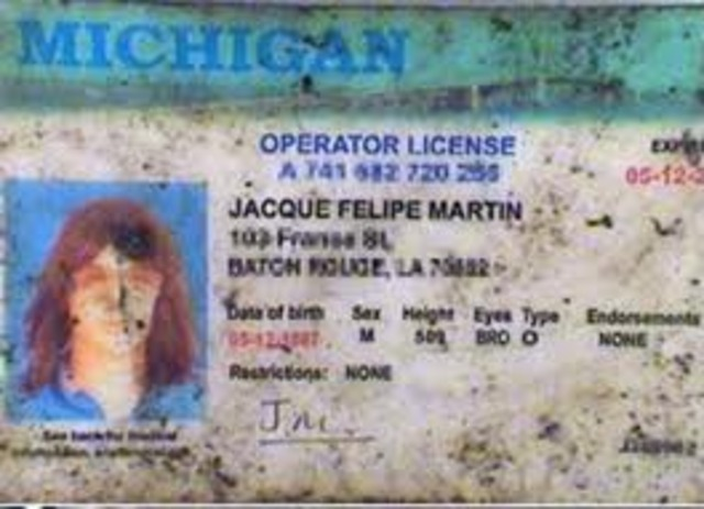 Jews to hand in drivers licenses.