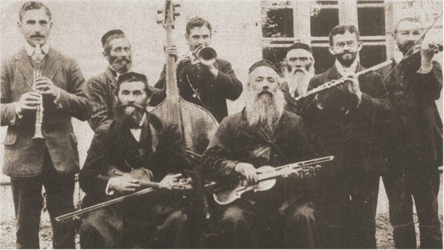 Jewish musiscians are no longer allowed to perform.
