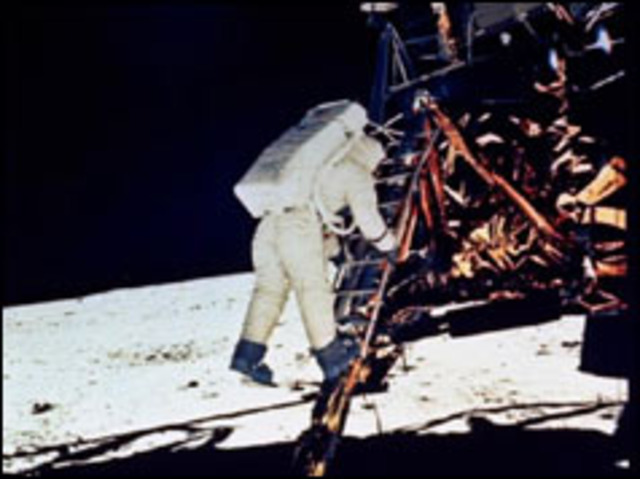 Man takes first steps on the Moon