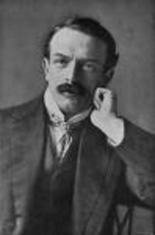 David Lloyd George replaces Asquith as British Prime Minister